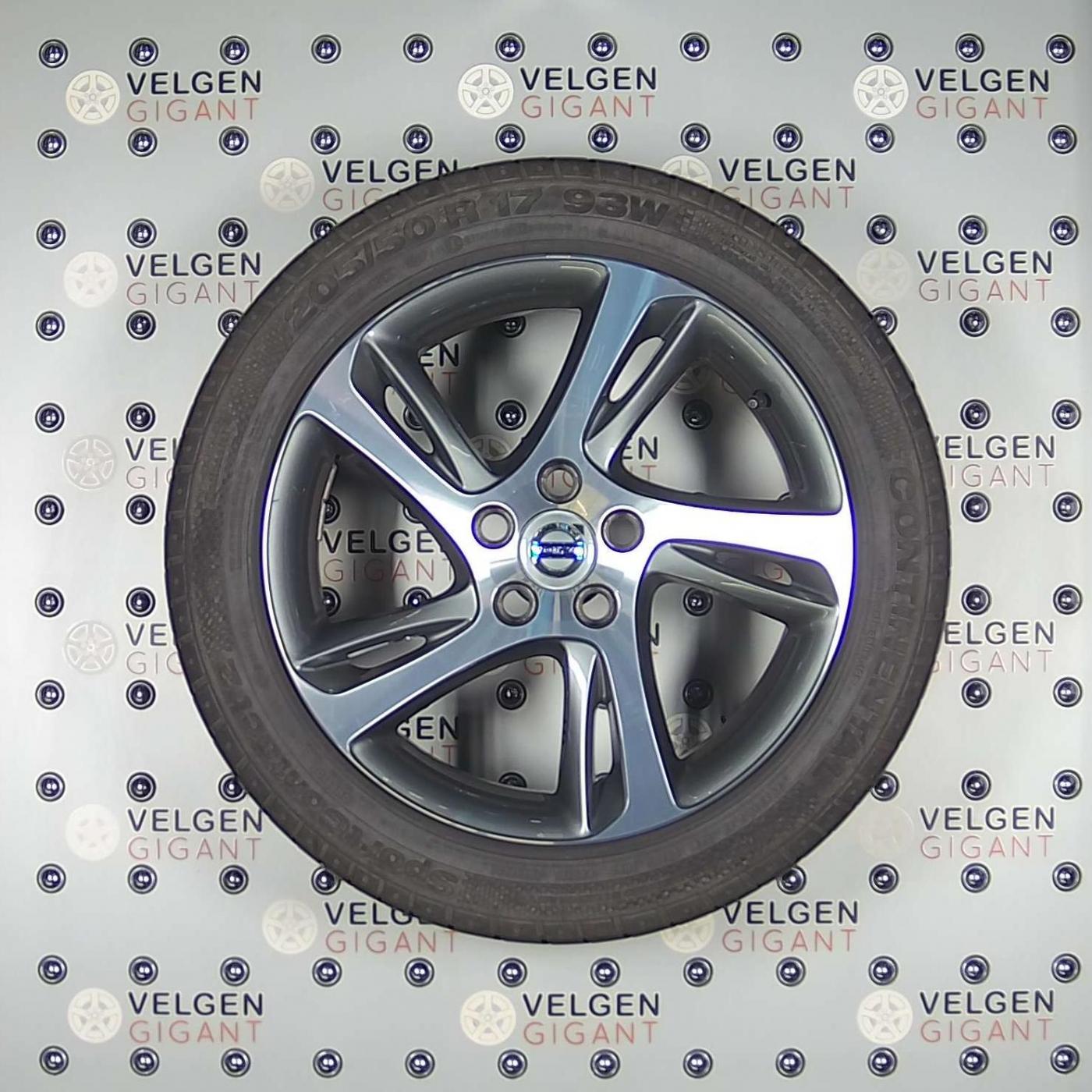 Supermooie Volvo Spider Diamond Cut Dark Grey Velgen Met