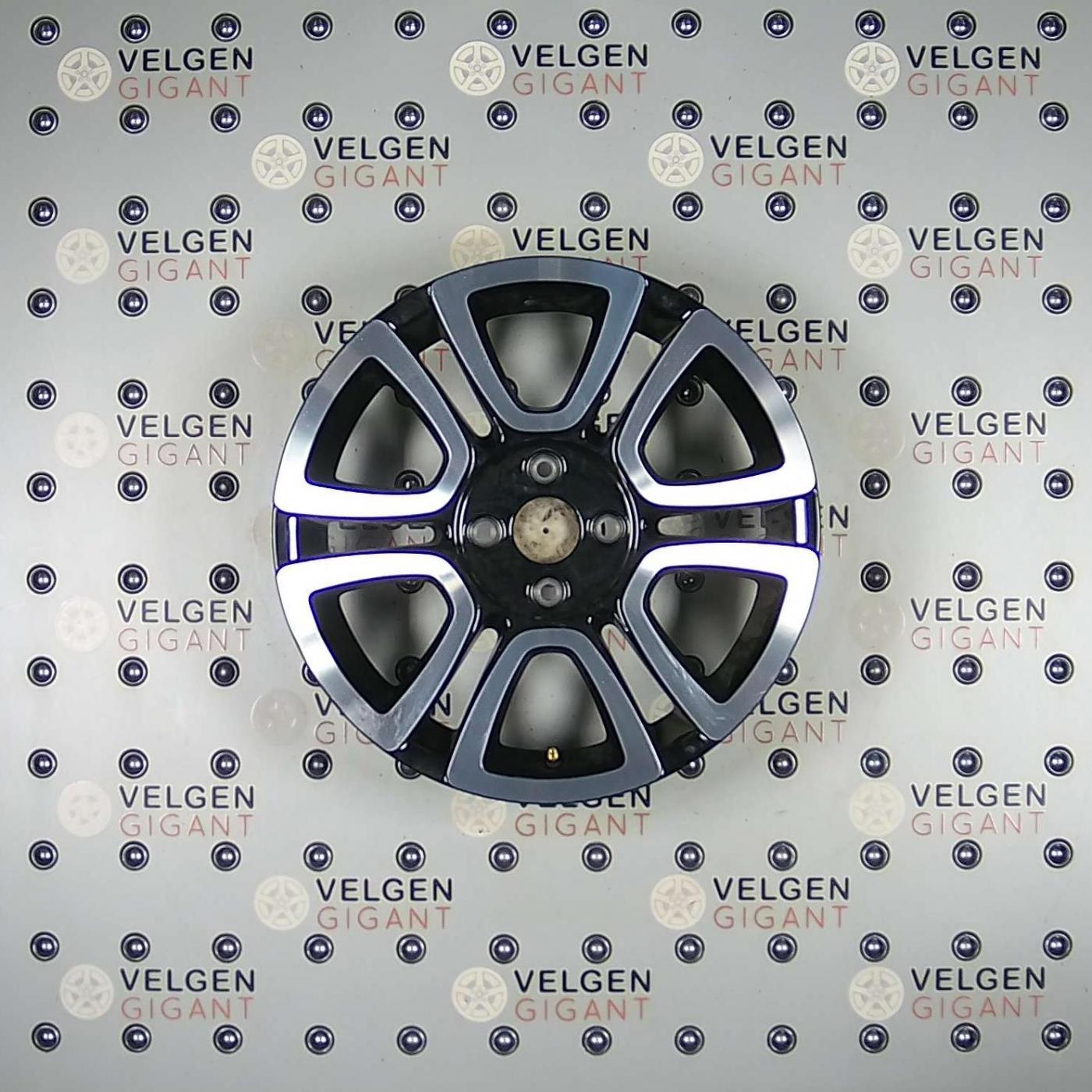 Zeer Mooie Volkswagen Triangle Velgen 16 Inch